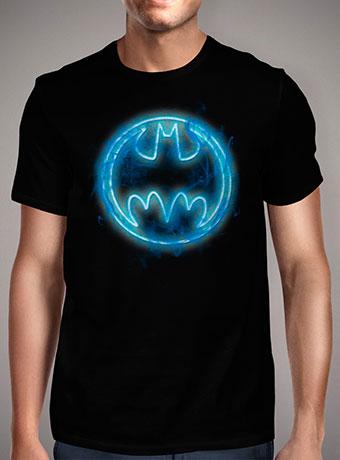 Мужская футболка Neon Blue Bat Signal