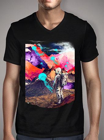 Мужская футболка с V-образным вырезом Dreamscape