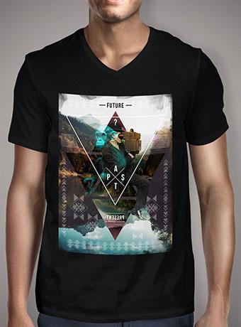 Мужская футболка с V-образным вырезом In Time And Space