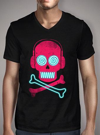 Мужская футболка с V-образным вырезом Neon Pirates