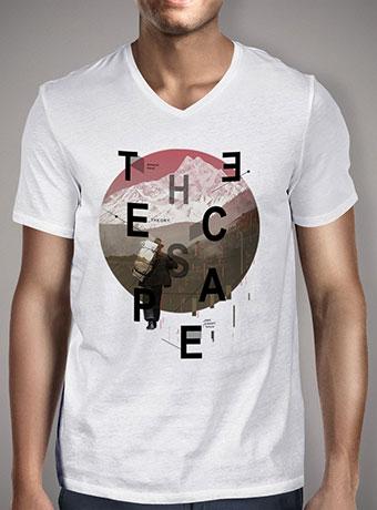 Мужская футболка с V-образным вырезом The Escape