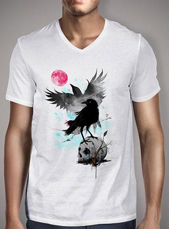 Мужская футболка с V-образным вырезом The Red Moon