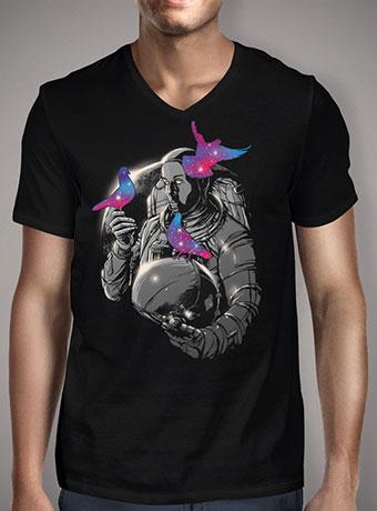 Мужская футболка с V-образным вырезом A Touch of Whimsy