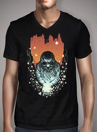 Мужская футболка с V-образным вырезом Light of Life