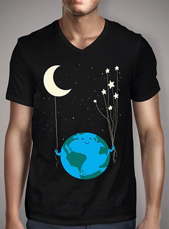 Мужская футболка с V-образным вырезом Under the Moon and Stars