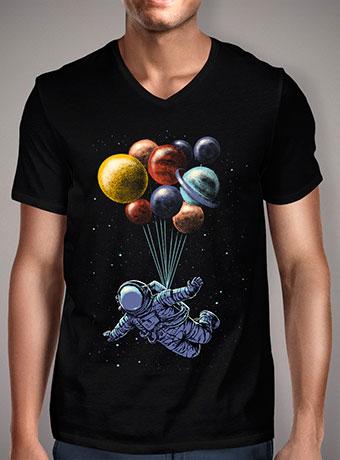Мужская футболка с V-образным вырезом Space Travel
