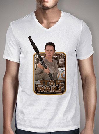 Мужская футболка с V-образным вырезом Rey and BB-8