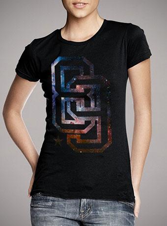 Женская футболка Infinite 89