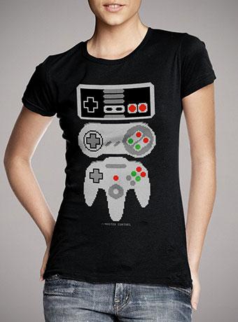 Женская футболка Master Control
