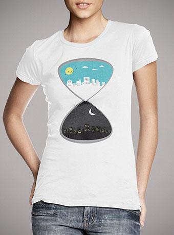 Женская футболка Day & Night 2
