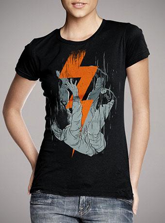 Женская футболка Fall Effect