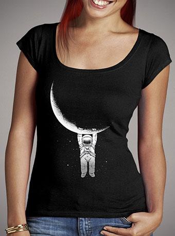 Женская футболка с глубоким вырезом Help