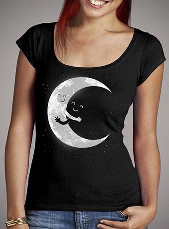 Женская футболка с глубоким вырезом Moon Hug